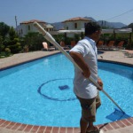 pool-cleaning-services