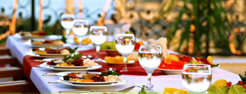 How to Get the Best Wedding Catering Services