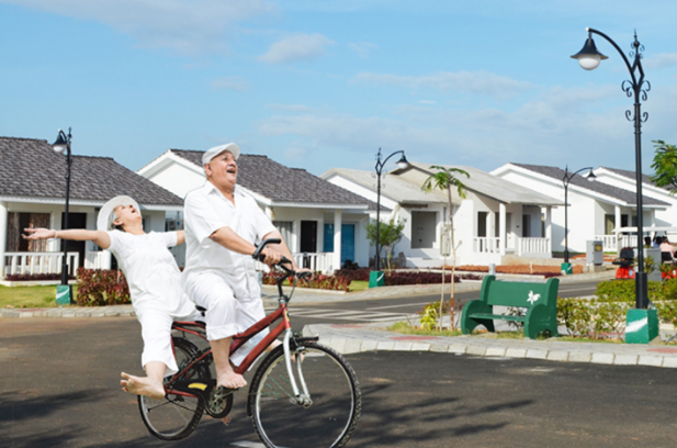 The Pros And Cons Of Retirement Homes Community