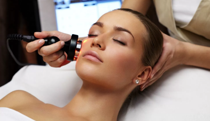 A Guide To Choosing The Right Skin Tightening Treatment Procedure