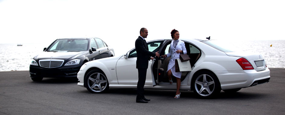 Drive To Your Destination In Style With The Best Chauffeur Hire Bristol