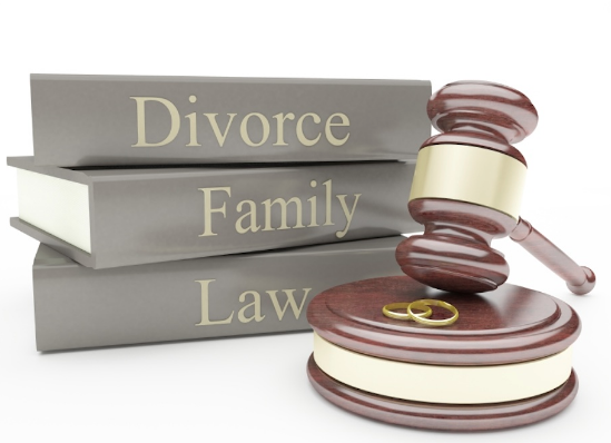 Why Work With A Divorce Attorney When Negotiating Marriage Dissolution