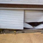 The Common Garage Door Problems and Need To Contact Expert Garage Door Repairmen