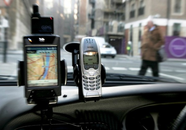 Automakers To Fight Distracted Driving With New Technology