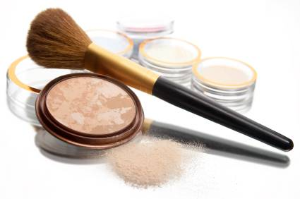 Are You Using The Right Way To Apply Foundation?
