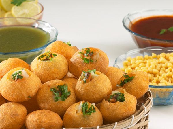The Curious Tales Of The Mumbai Street Food