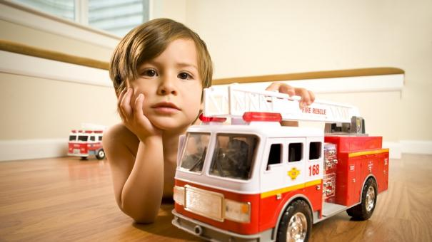 kid_firetruck_toy_000011018047
