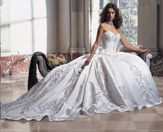 Top Wedding Dress Designers Of 2016