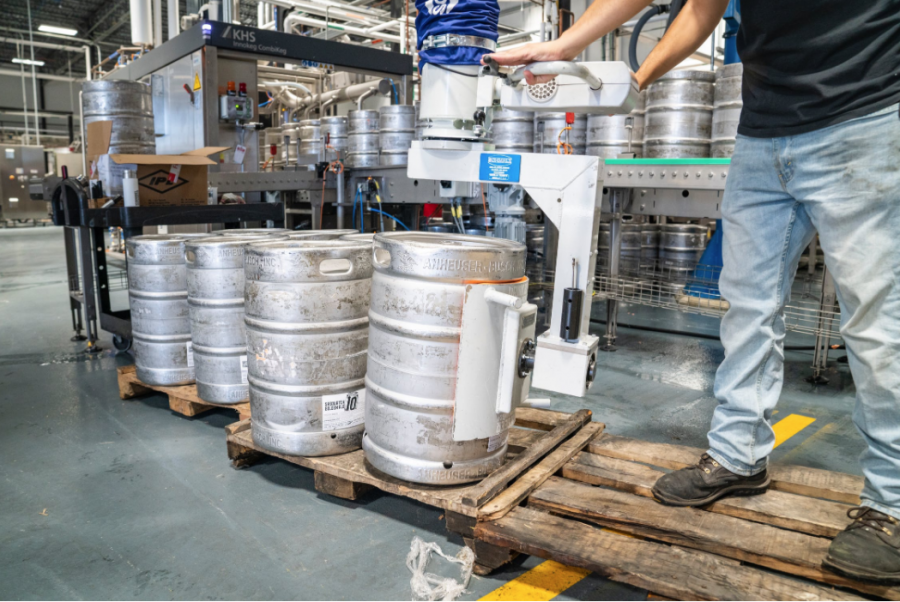 Flooring Materials That Keep Your Food Processing Facility Sanitary and Clean Up Easy