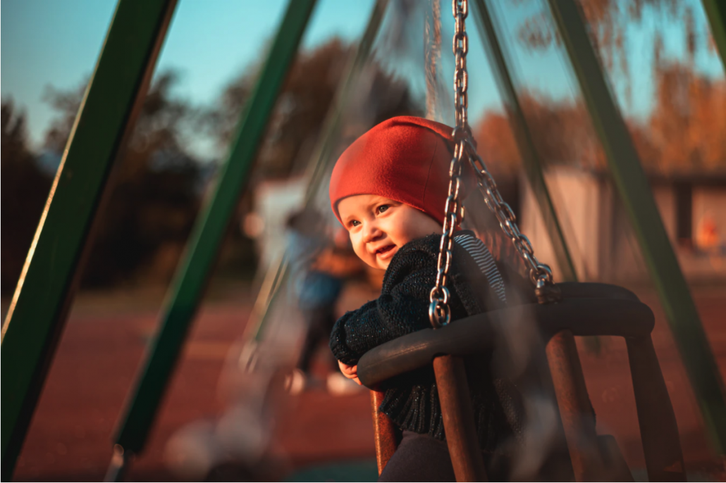 4 Tips For Building The Best and Safest Playground For Your Kids