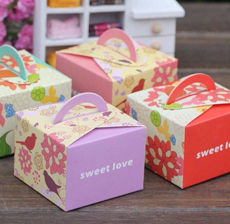 What Kinds Of Candy Boxes Are Better to Attract Customers?
