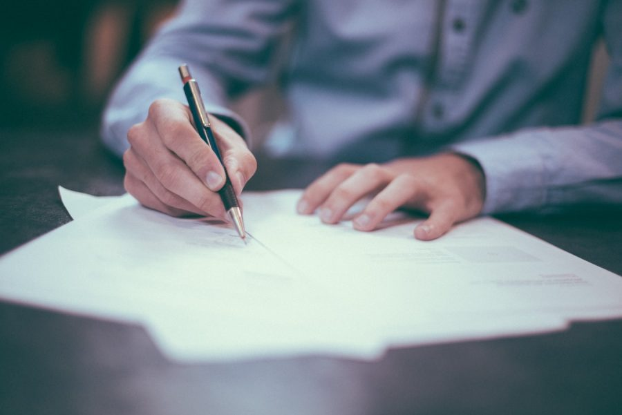 How Hiring A Lawyer Can Help You Divide Your Assets During Your Divorce