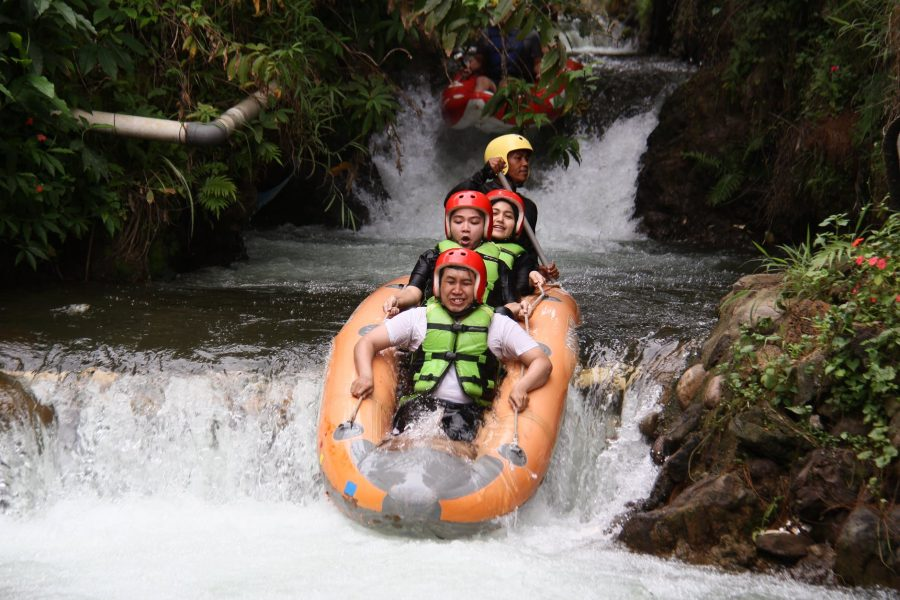 5 Of The Best Places to Go Whitewater River Rafting